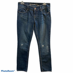 American Eagle 77 Distress Straight Jeans Size 4